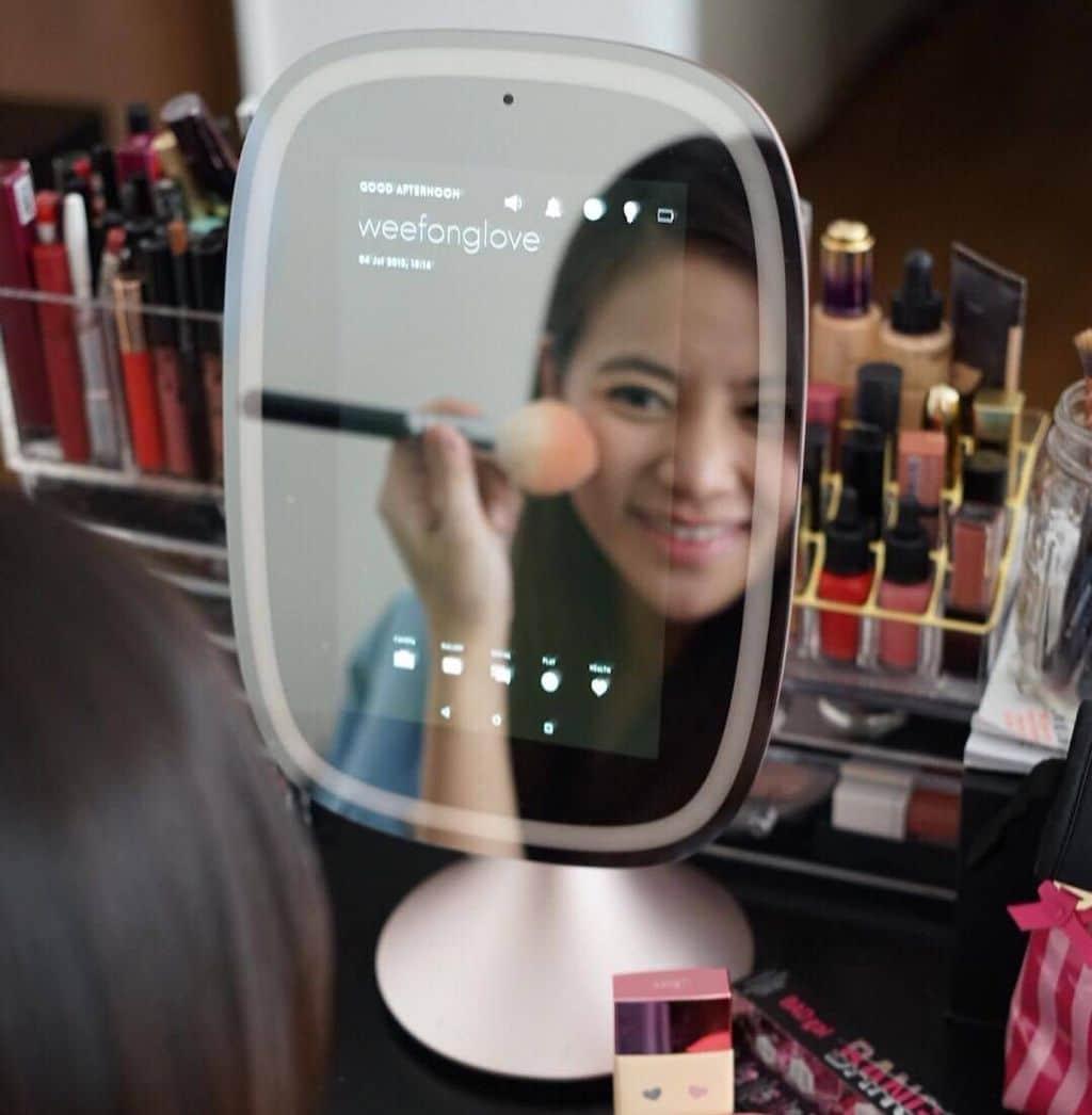 Allure Frednology miroir connecte maquillage