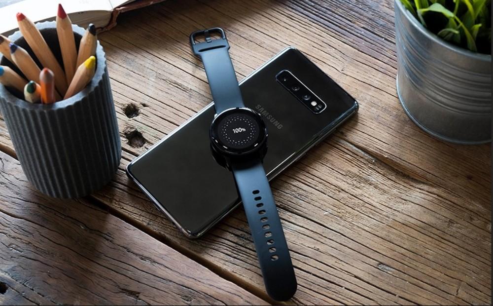 Samsung Galaxy Active 2 recharge sur smartphone Galaxy S