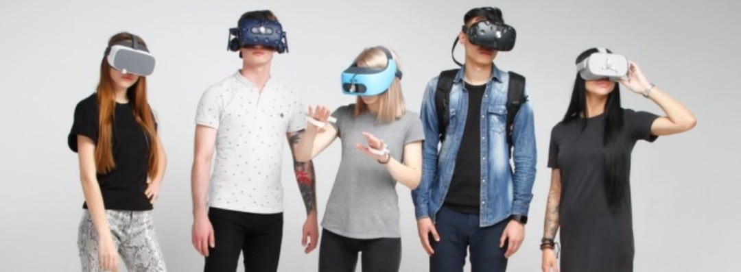 Réunion à distance en réalité virtuelle vasques VR compatibles