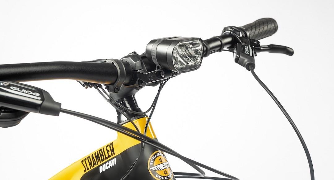 Equipement Ducati e-Scrambler