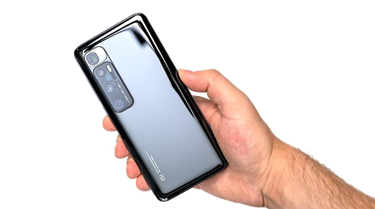 Design Xiaomi Mi 10 Ultra